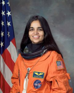 800px-Kalpana_Chawla,_NASA_photo_portrait_in_orange_suit